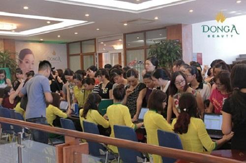 Tưng bừng khai trương thẩm mỹ viện Đông Á Vinh, Nghệ An 2