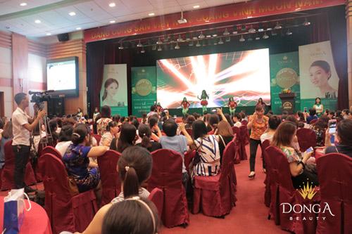 Tưng bừng khai trương thẩm mỹ viện Đông Á Vinh, Nghệ An 4