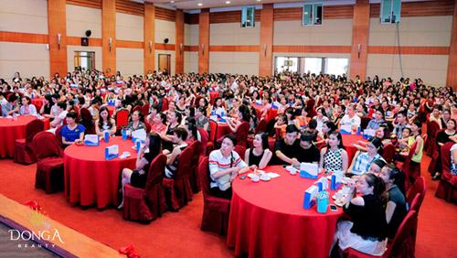 Tưng bừng khai trương thẩm mỹ viện Đông Á Vinh, Nghệ An 5
