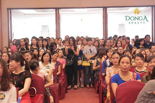 Tưng bừng khai trương thẩm mỹ viện Đông Á Vinh, Nghệ An 6