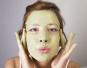 4 sai lầm phổ biến khi đắp mặt nạ chữa nám da